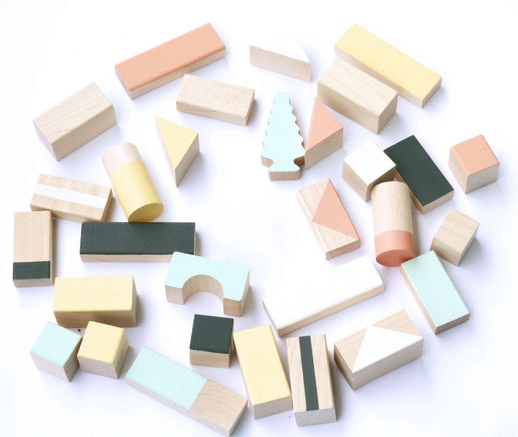 houten speelgoed houten blokken geometrisch pastelkleuren
