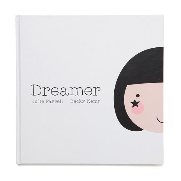 Kinderboek dreamer met monochrome illustraties
