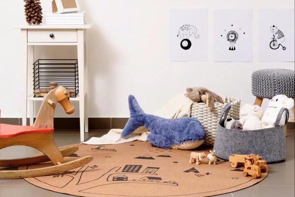 Creatief met kurk: vloerkleed voor de kinderkamer
