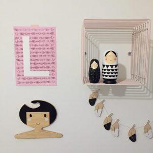 gepersonaliseerde kinderkamerposter roze pijlen