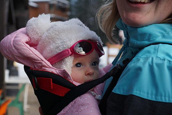 Op wintersport met een baby van 3,5 maand+ tips