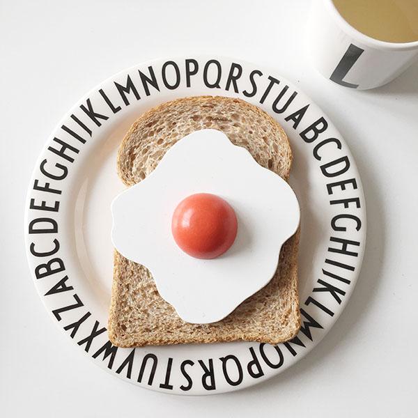 design letters kinderservies melamine monochrome
