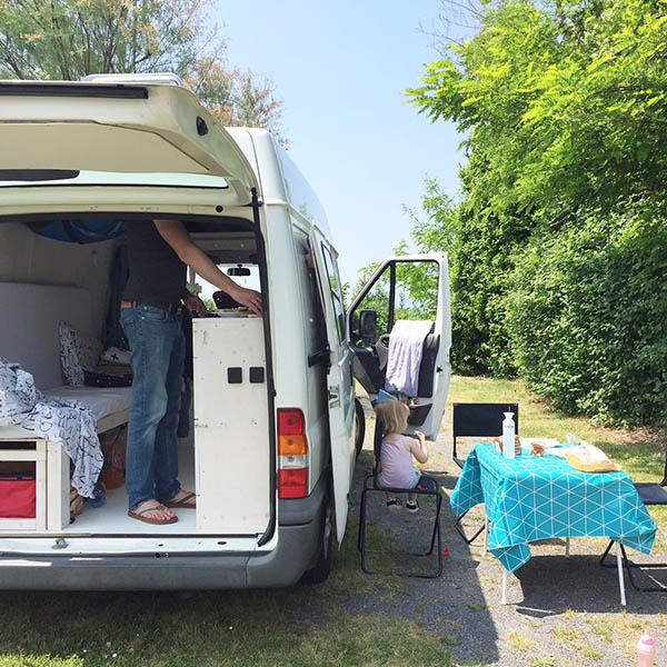koken tijdens onze reis met camper