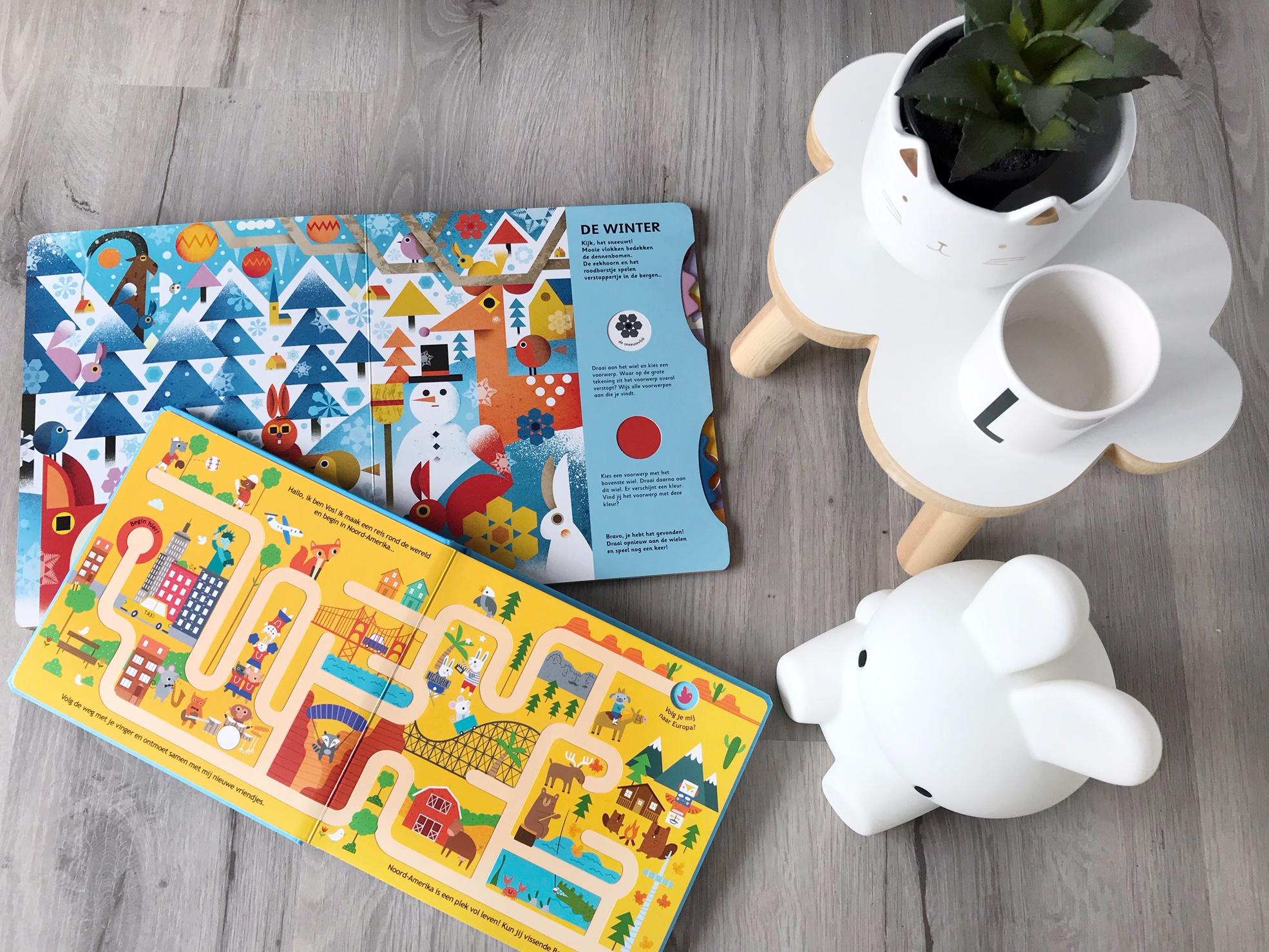 Draai, schuif, volg of zoek – deze 5 kinderboeken houden je peuter wel even zoet