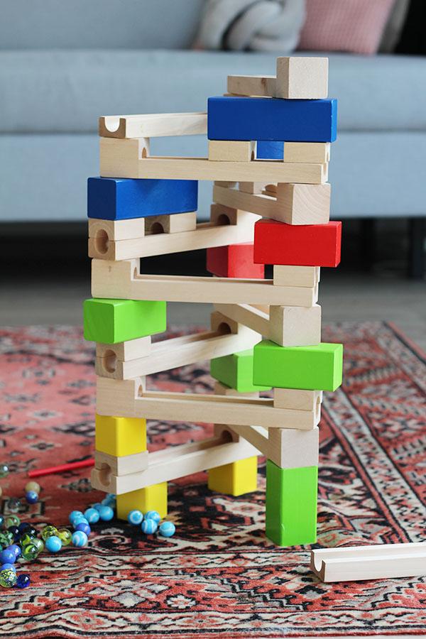 houten knikkerbaan bouwen voorbeeld
