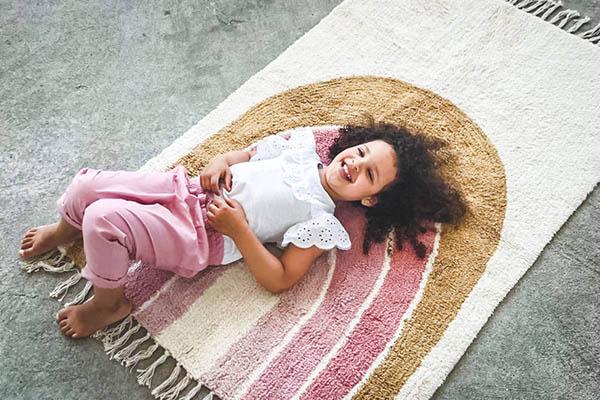 vloerkleed kinderkamer regenboog tapis petit