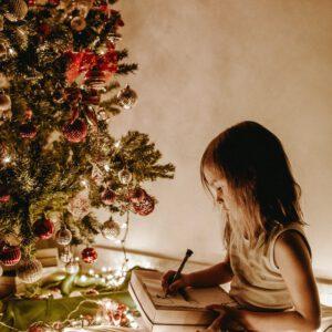 Kerstvakantie bucketlist: 30+ dingen om binnen te doen met kinderen tijdens de (langere) vakantie